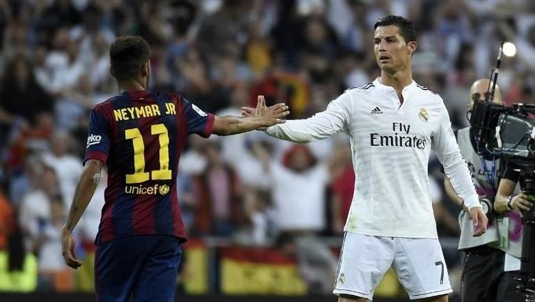 Maukah Emery Menukar Neymar dengan Ronaldo?