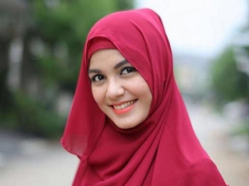 Berhenti Syuting karena Tuhan, Nadya Almira: Islam Tak Suka Berakting