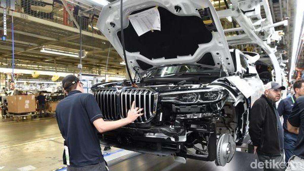 SUV Termewah BMW Mulai Diproduksi