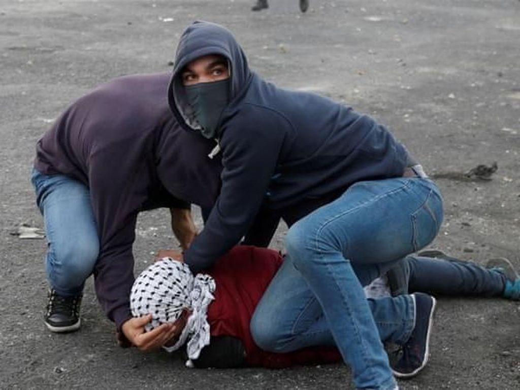 Aksi Mustaribeen, Menyusup hingga Serbu Rumah Sakit Palestina