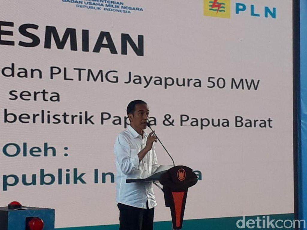Ke Papua, Jokowi Cerita di Hotel Mati Lampu 3 Kali