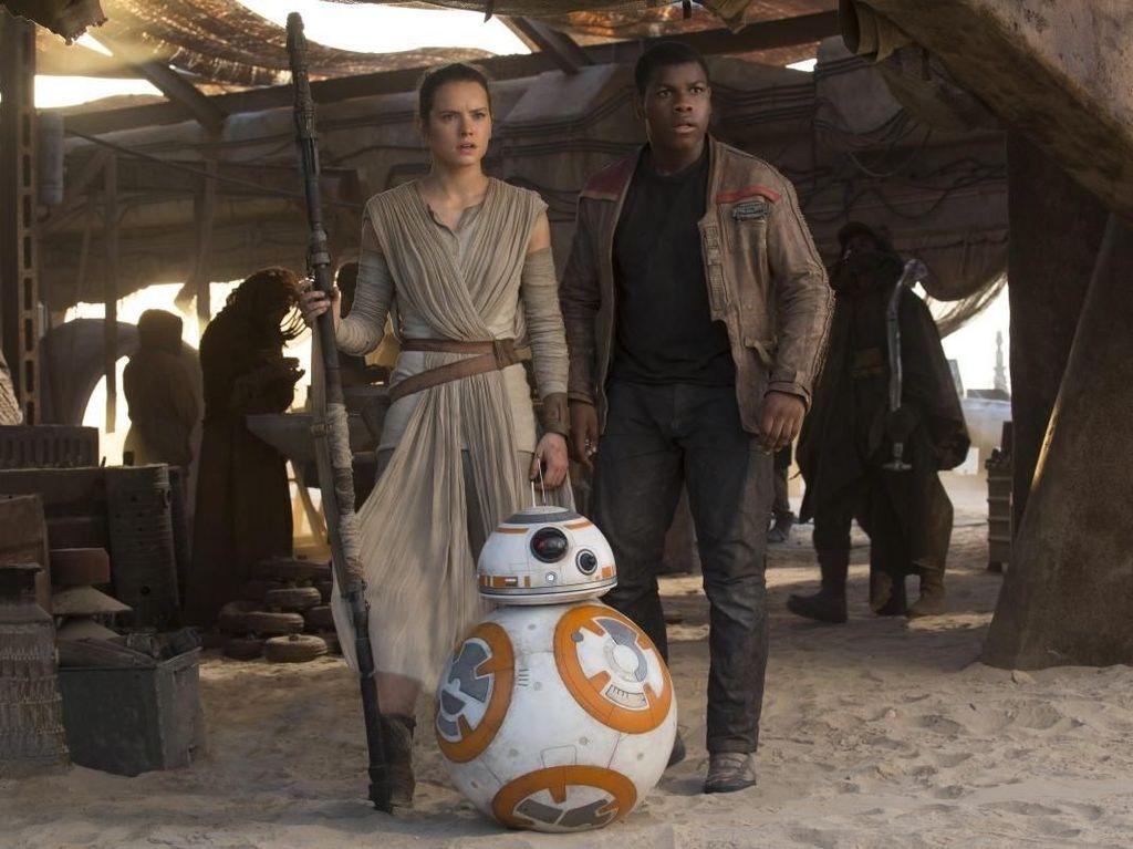 Libur Natal, Star Wars: The Last Jedi Merajai Box Office