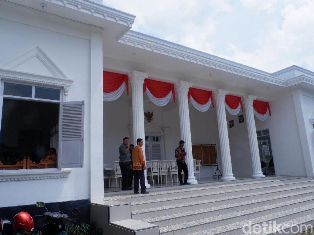 Video Balai Desa di Wonosobo yang Mirip Istana Negara
