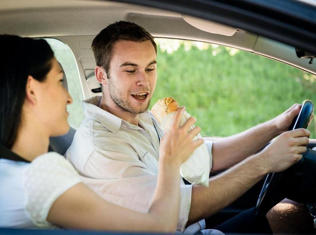 Miris, Kisah Suami Pergoki Istri Selingkuh Saat Jadi Driver Taksi Online