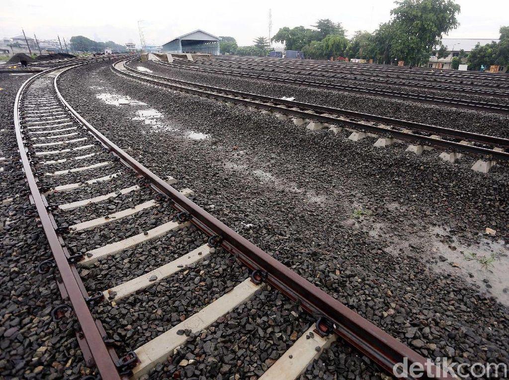 Begini Kondisi Terkini Proyek Jalur Rel Ganda di Jatinegara