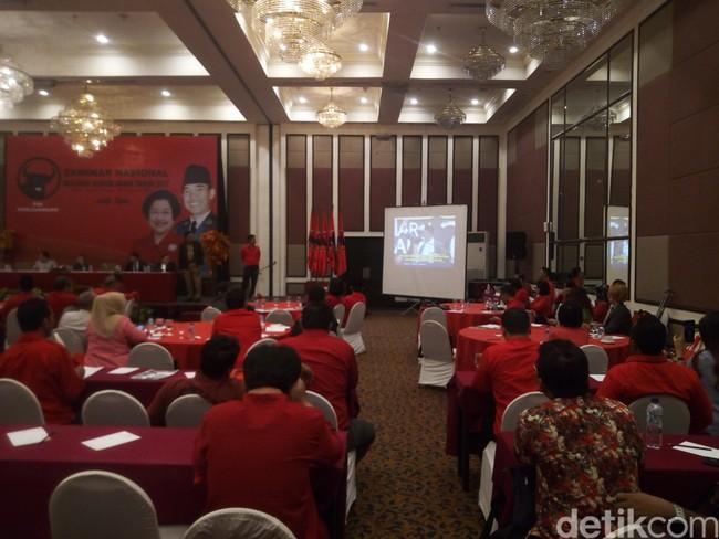 Di Acara PDIP, Mendagri Putar Video Kegiatan HTI