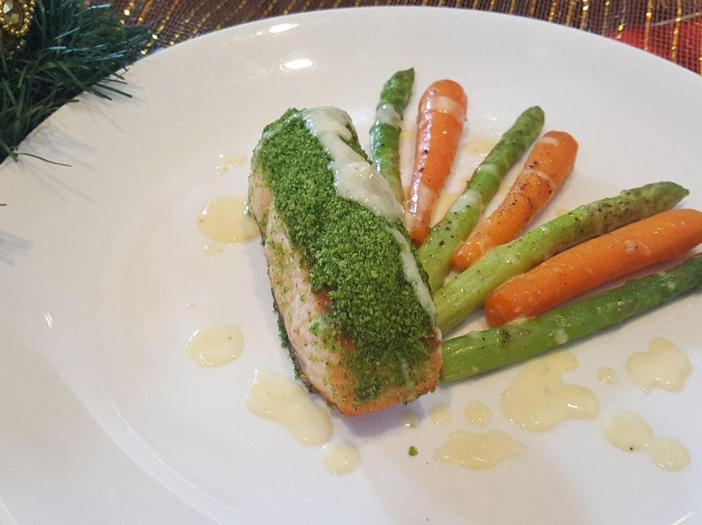 Oven Baked Herb Crusted Salmon, Menu Spesial Natal