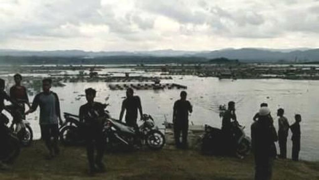 Tim SAR Sebar Jaring Cari 6 Korban Kapal Tenggelam di Cirata