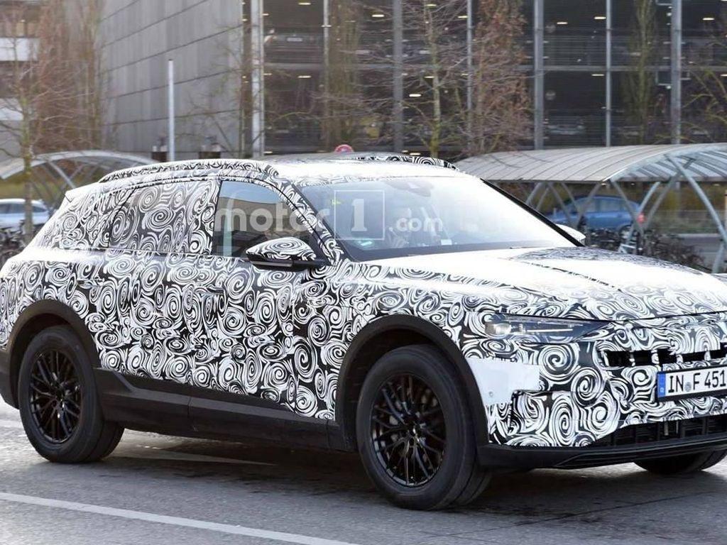 Crossover Listrik Audi Mulai Dites di Jalanan