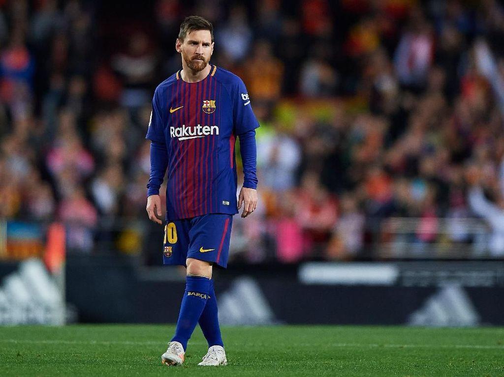 Ronaldo Klaim Pemain Terbaik Sepanjang Sejarah, Xavi: Messi Lebih Oke