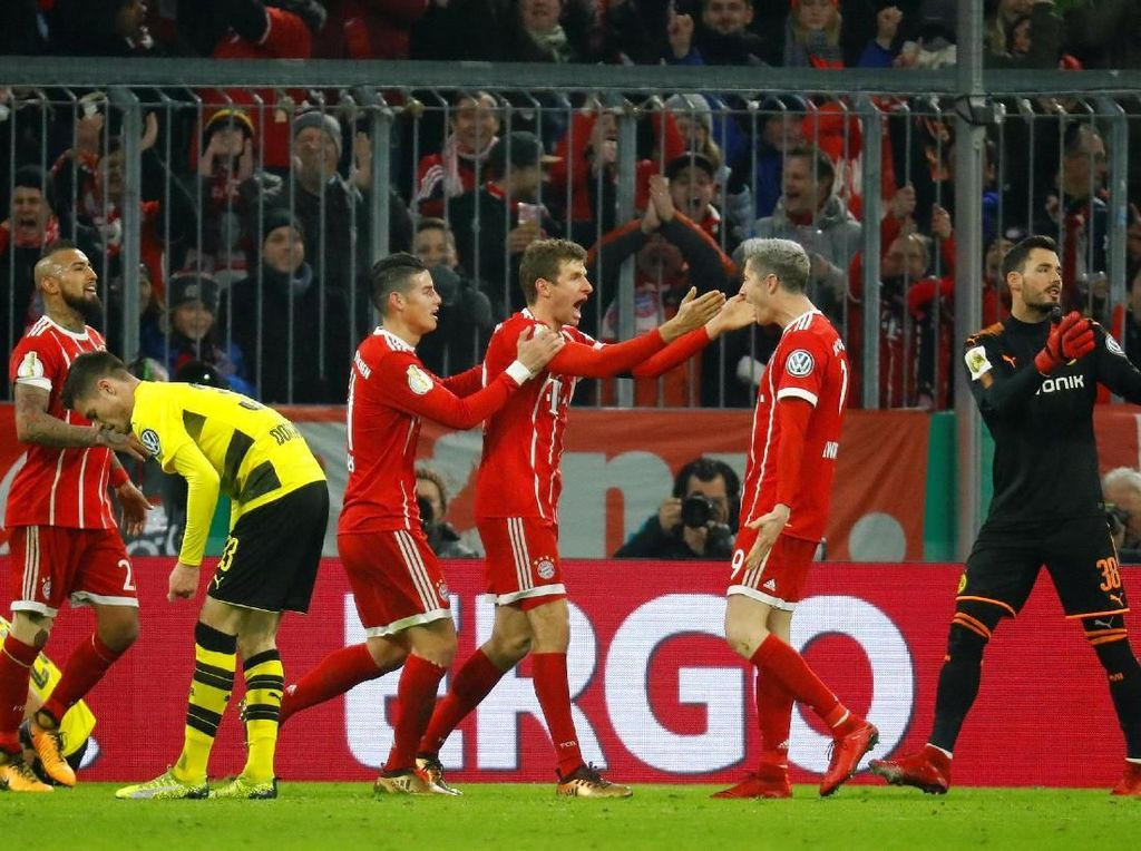 Bayern Depak Dortmund