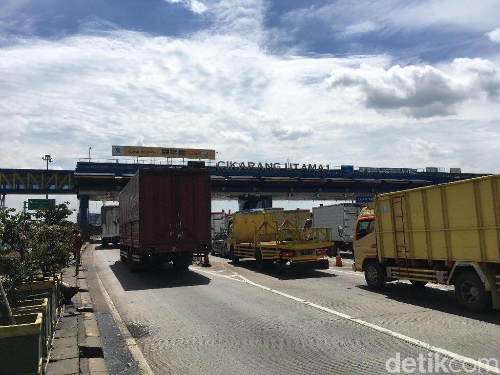 78 Ribu Kendaraan Sudah Melintas di Pintu Tol Cikarang Utama