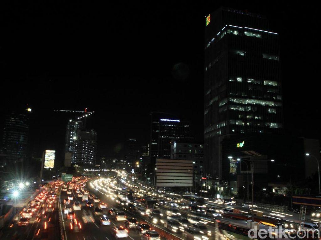 Tol Dalkot Arah Cawang Macet Parah, Mobil Mengular hingga 18 Km