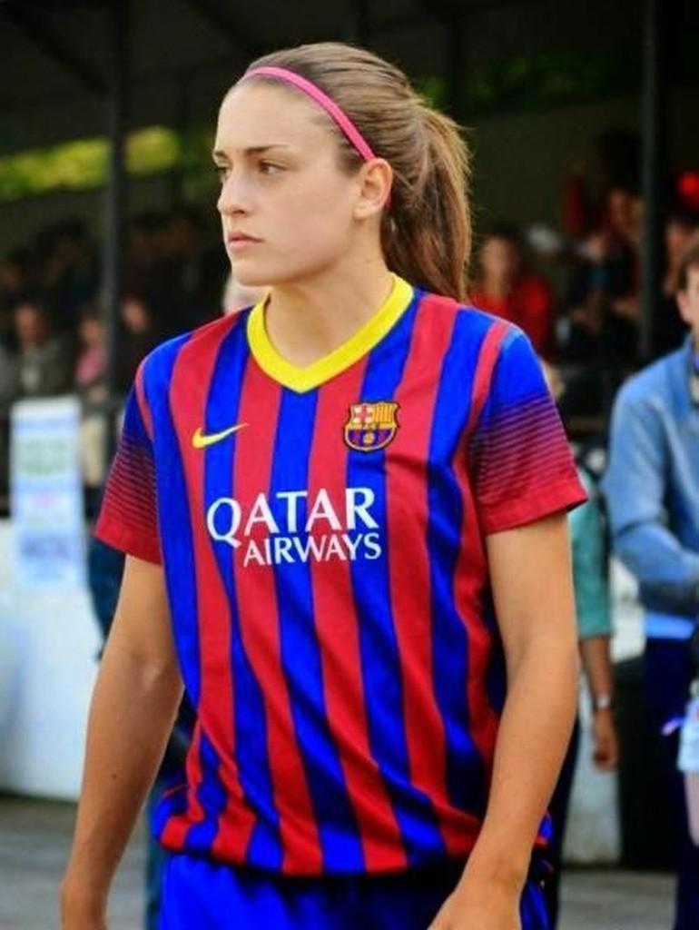 Foto 10 Pemain Sepakbola Wanita Terseksi Di Dunia