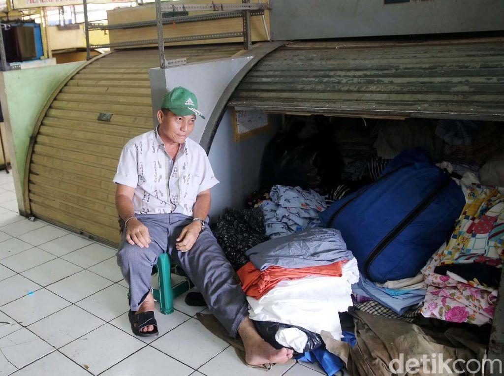 Foto: Pasar Blok G Sepi, Pedagang Berniat Turun Jadi PKL