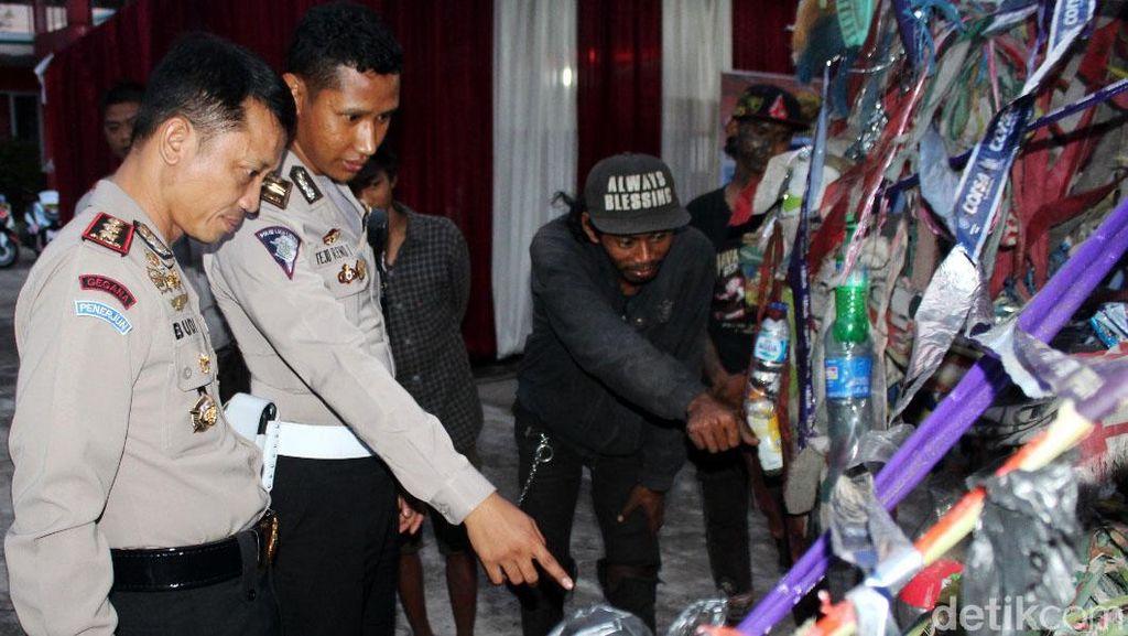 Bikin Macet, Vespa Gembel Ditilang Polisi