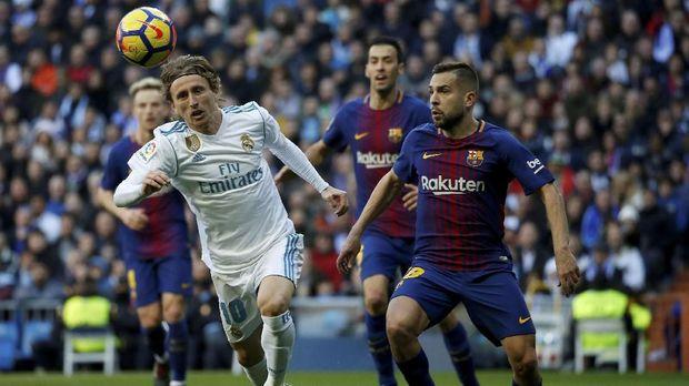 Barcelona menang 3-0 atas Real Madrid di El Clasico pertama musim ini.