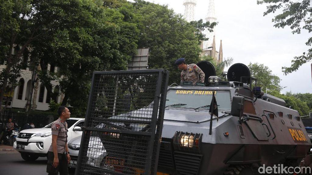 Foto: Pengamanan Natal di Sejumlah Daerah