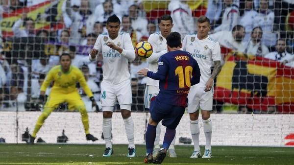 Rapor El Clasico: Messi 10, Ronaldo 6,5