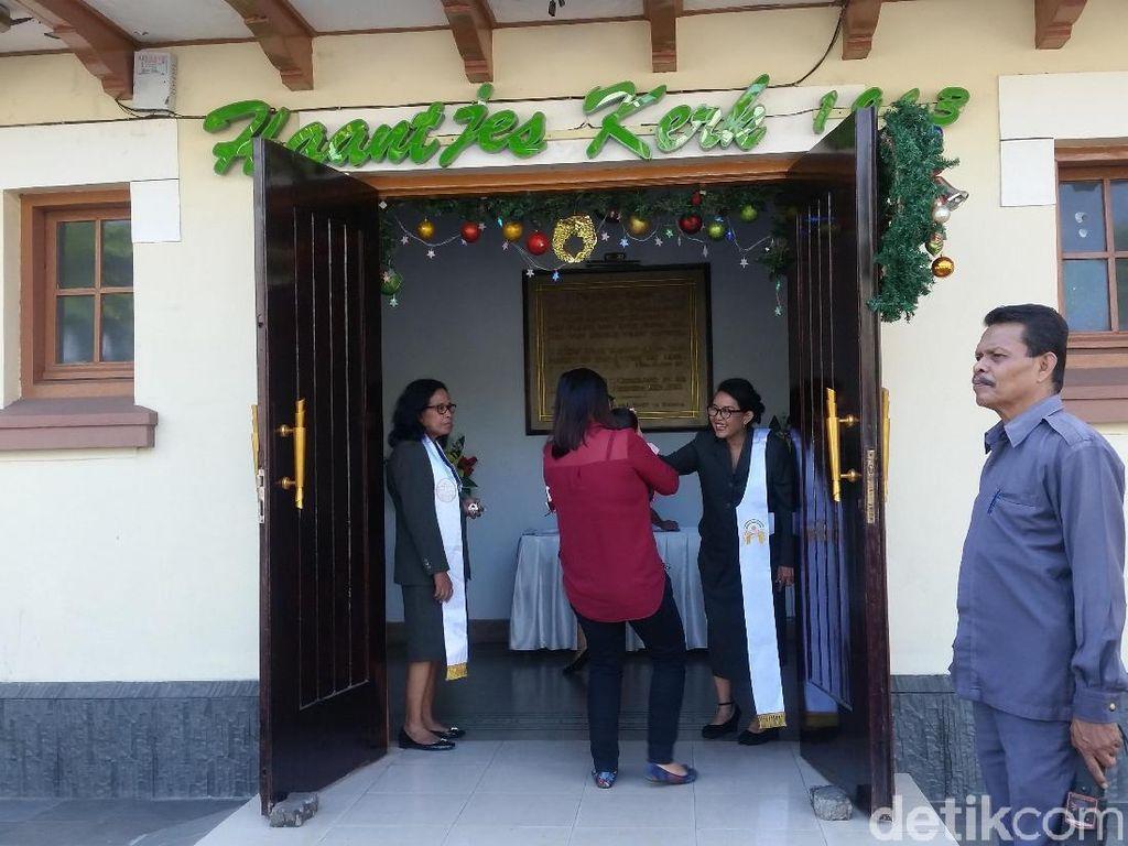 Foto: Ibadah Natal di Gereja Ayam yang Dibangun 100 Tahun Lalu