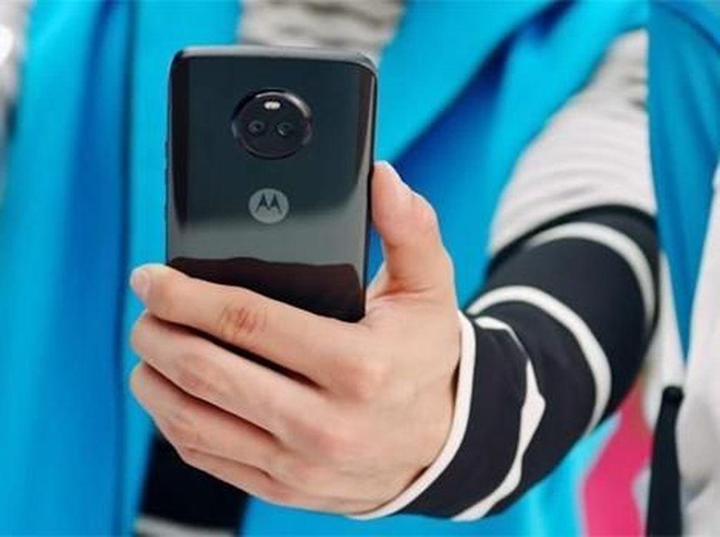 Android One Moto X4 Dapat Oreo, Mi A1 Kapan?