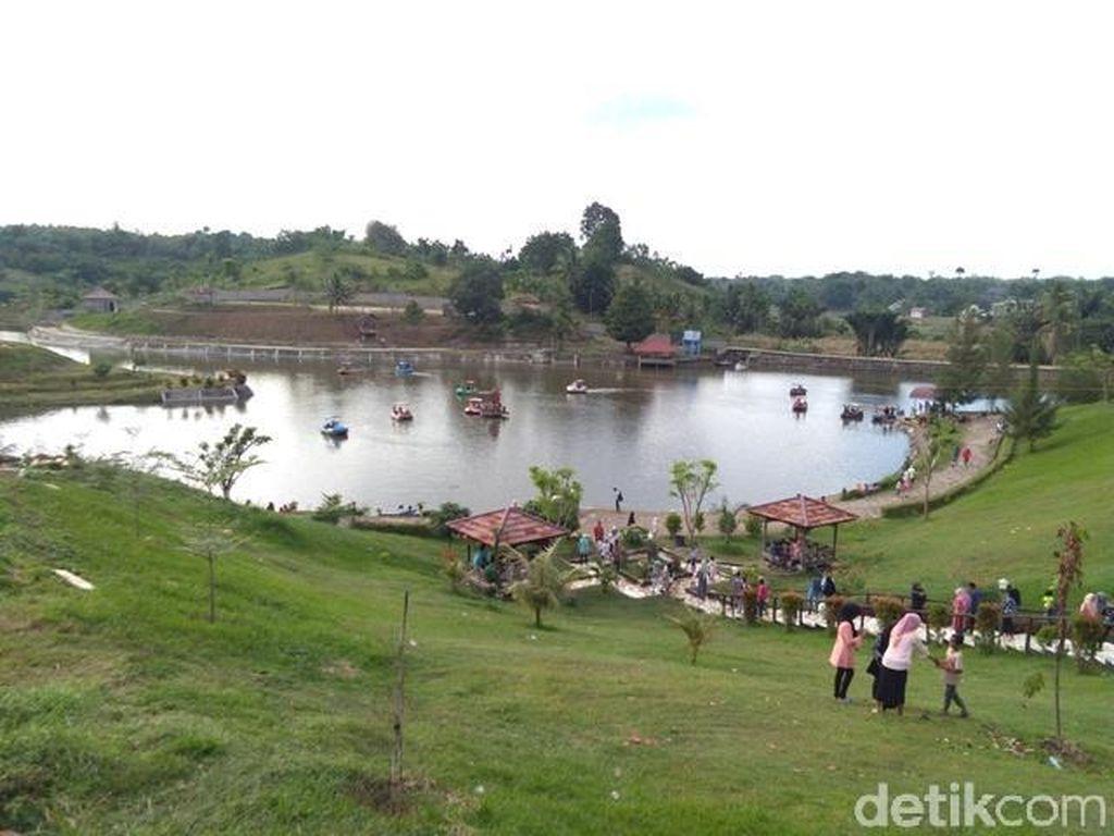 Foto: Waduk Eksotis Buat Liburan Tahun Baru di Aceh