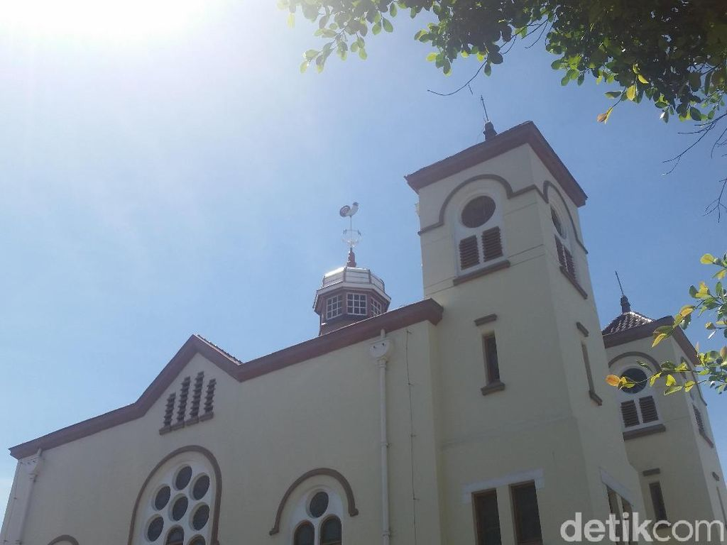 Gereja Ayam Jakarta dan Simbol Kritik Sosial di Era Kolonial