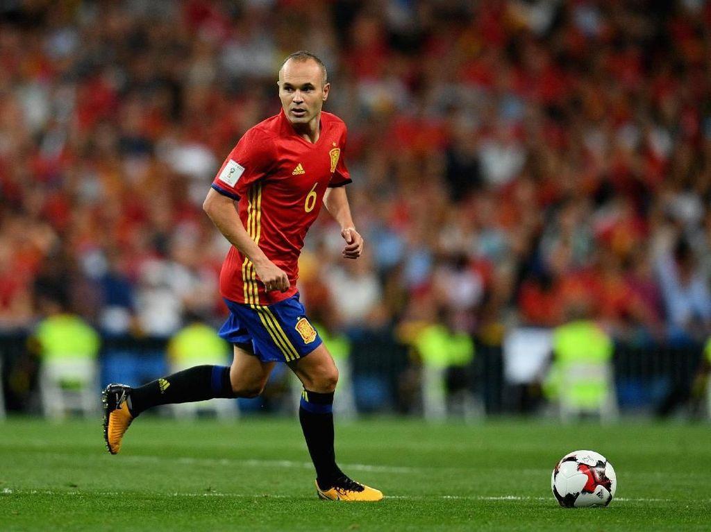 Iniesta Rencanakan Pensiun dari Timnas Spanyol Usai Piala Dunia 2018