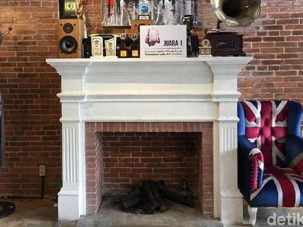 Mengintip Kafe Kekinian di Yogya, Nomor 3 Serasa Lagi di London!