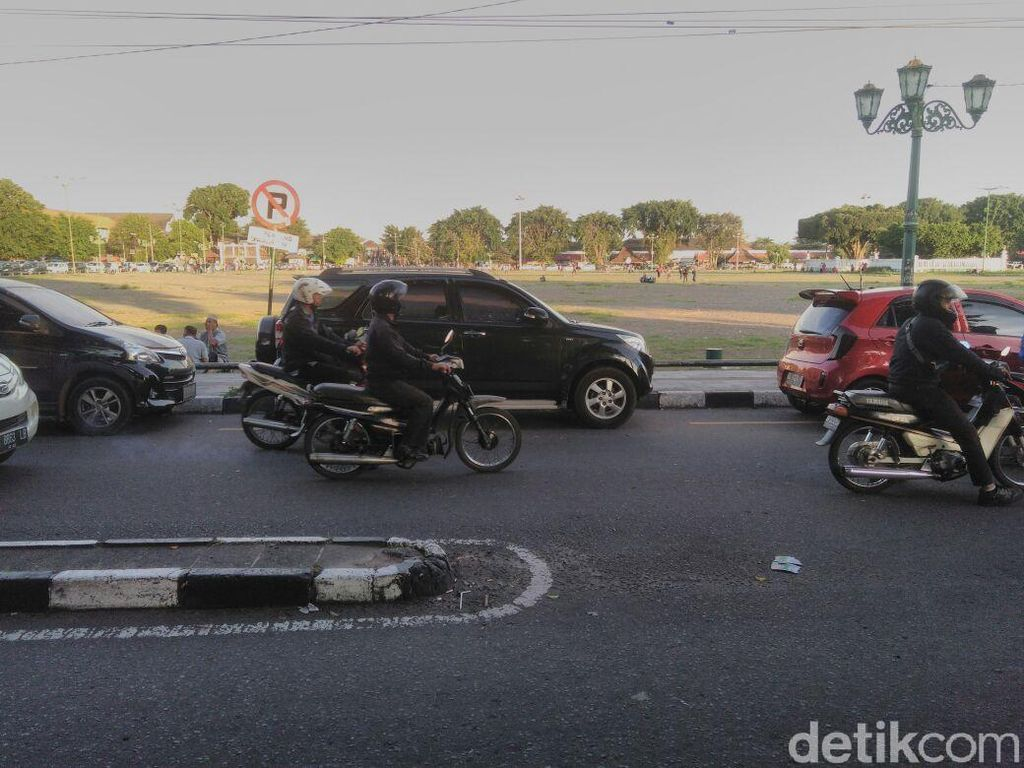 Pemkot Yogya Ancam Cabut Izin Penyelenggara Parkir yang Nuthuk