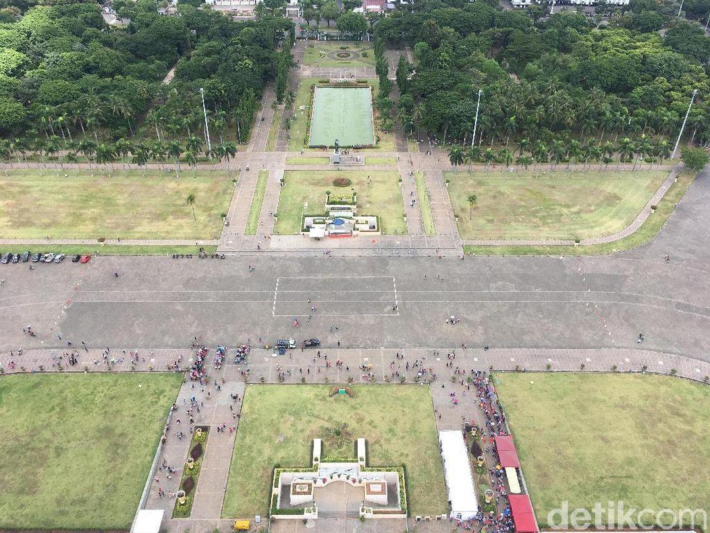 Potret Jakarta dari Puncak Monas saat Libur Natal, Bisa Intip Istana