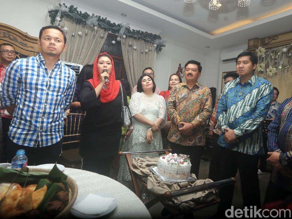 Kebersamaan Kapolri dan Panglima TNI Hadiri Perayaan Natal
