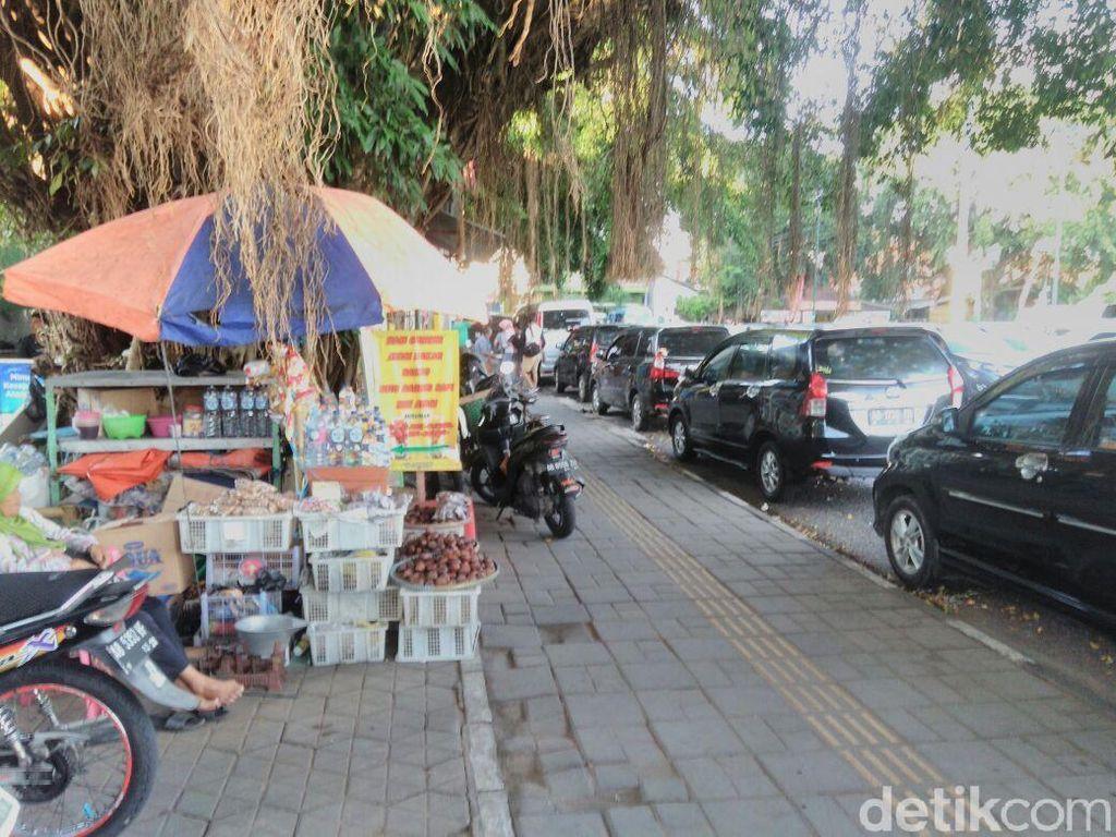 Tarif Parkir Nuthuk di Alun-alun, Wakil Walkot Yogya: Mereka Liar!