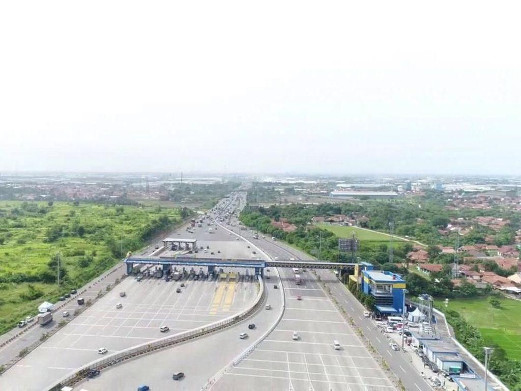 31 Ribu Kendaraan Diprediksi Masuk Jakarta Lewat GT Cikarut Malam Ini