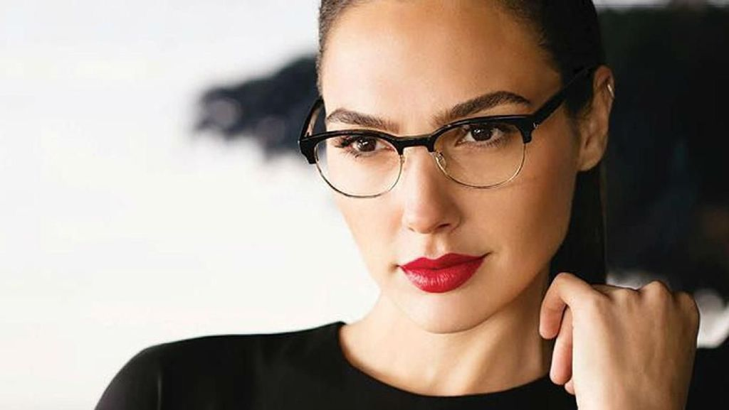 Cantiknya Gal Gadot, Wonder Woman yang Jadi Bos Baru Huawei