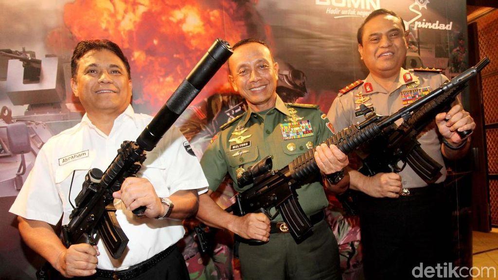 Kado Spesial dari Pindad untuk Kontingen TNI AD