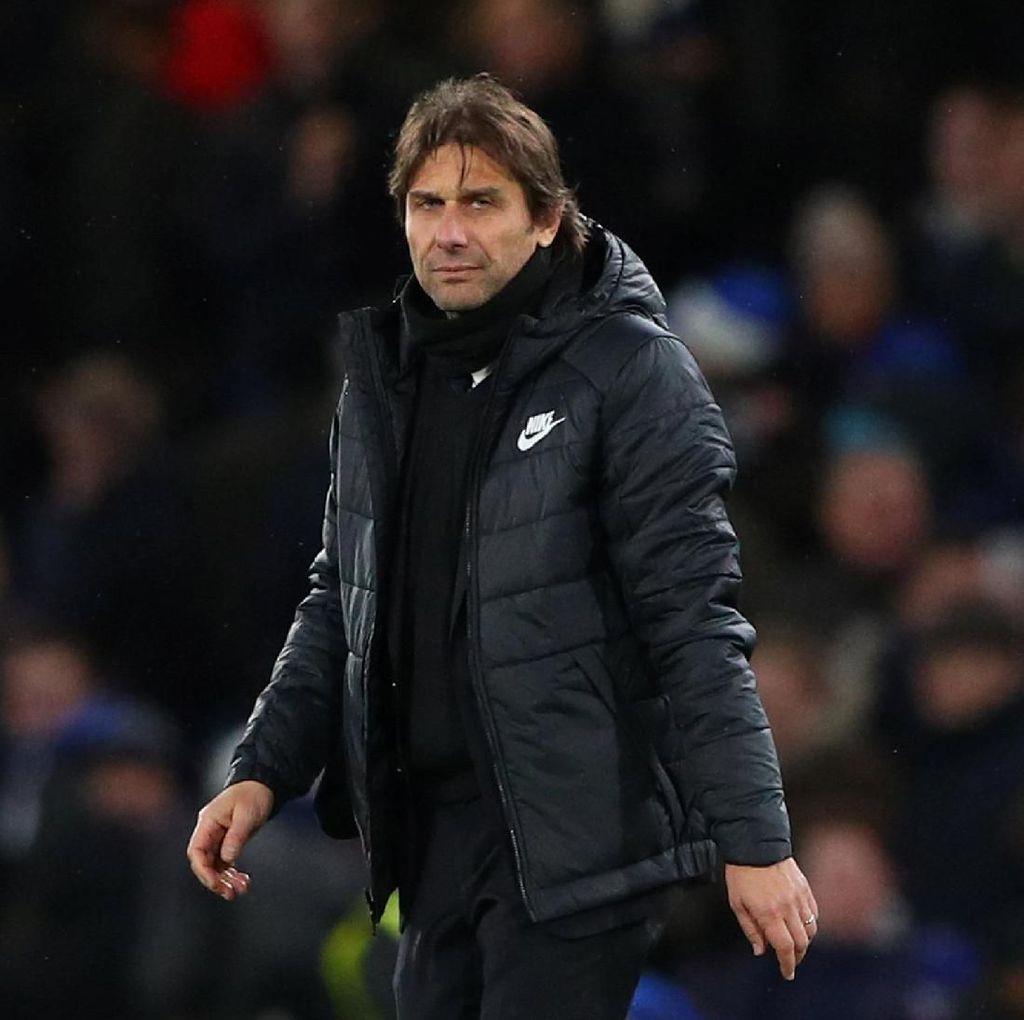 Jadwal Chelsea Padat, PR Conte pun Menumpuk