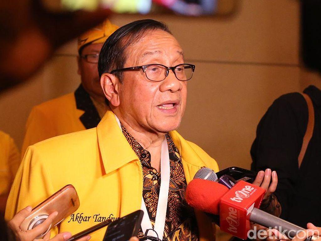 Akbar Tandjung Nilai Airlangga Berhasil Pertahankan Posisi Golkar di Parlemen