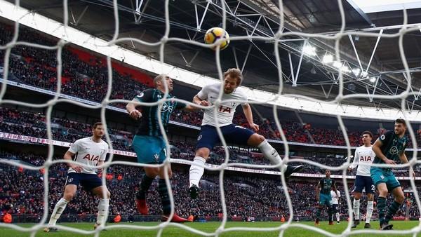 Para Pemain Ini Bikin Hat-trick di Boxing Day Premier League