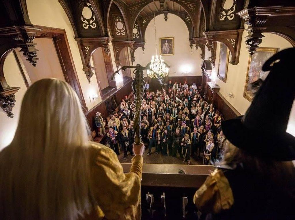 Foto: Mengintip Sekolah Sihir di Eropa