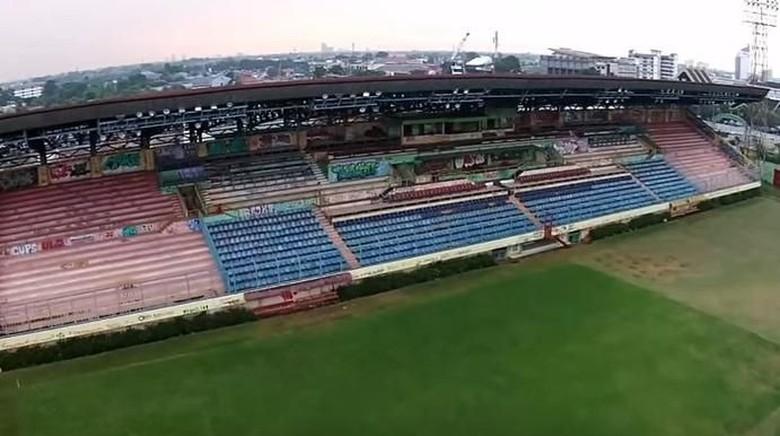 Masih Jadi Musafir, Persija Pernah Berkandang di Stadion-stadion Ini