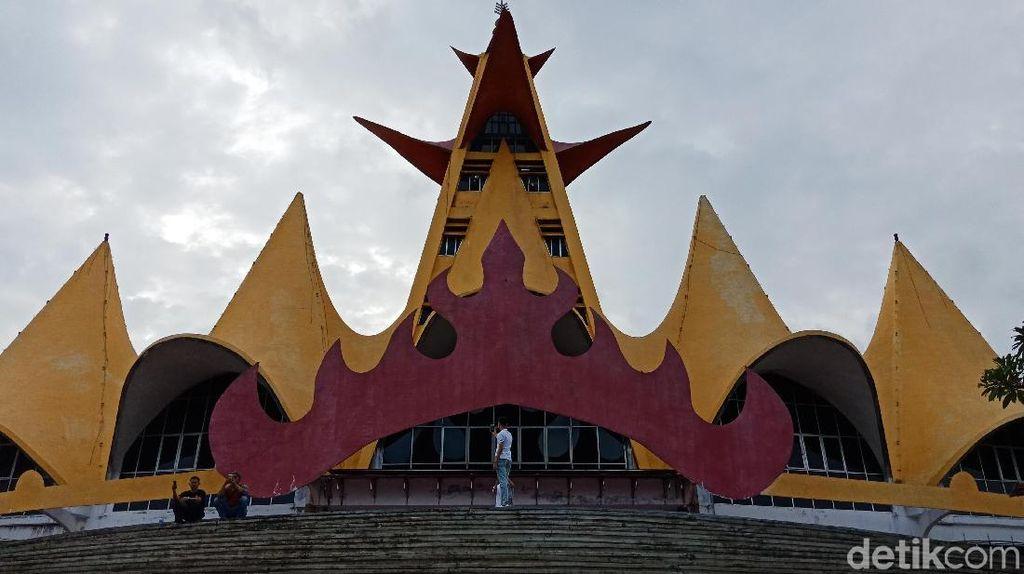 Foto: Menara Siger yang Jadi Landmark Lampung