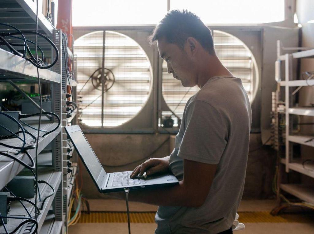 Mengintip Penambangan Bitcoin Terbesar di Lokasi Terpencil