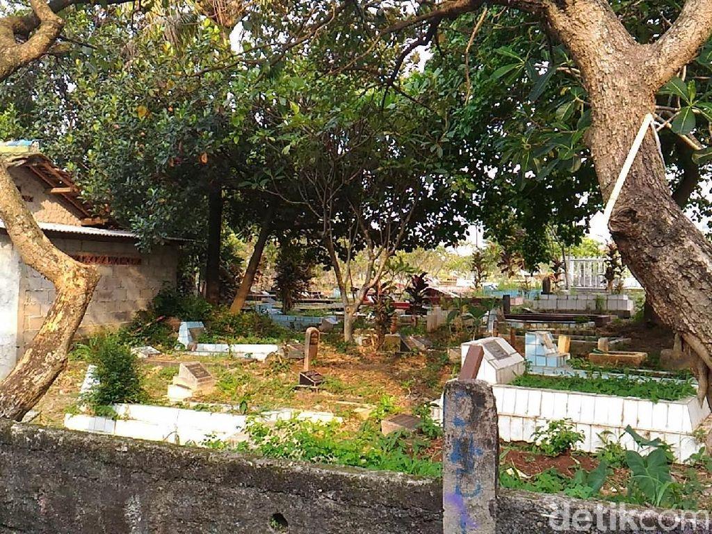 Makam Warga di Ciputat Dibongkar Orang Misterius, Tali Kafan Dicuri