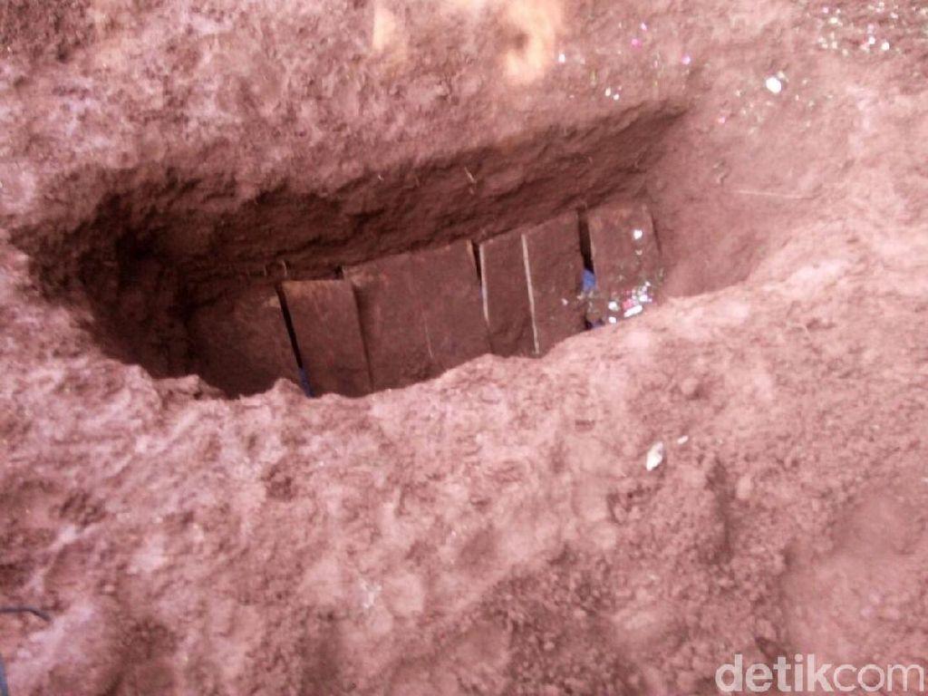 Makam Dibongkar Orang Misterius di Ciputat, Polisi Periksa 9 Saksi
