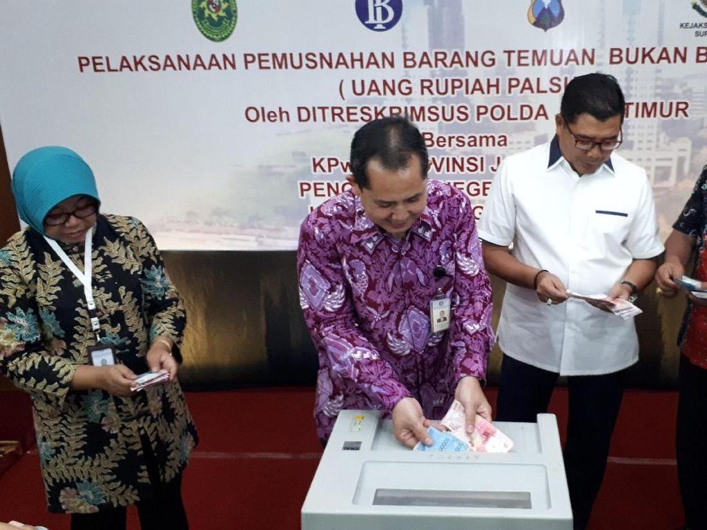Bank Indonesia Surabaya Musnahkan 27.663 Lembar Uang Palsu