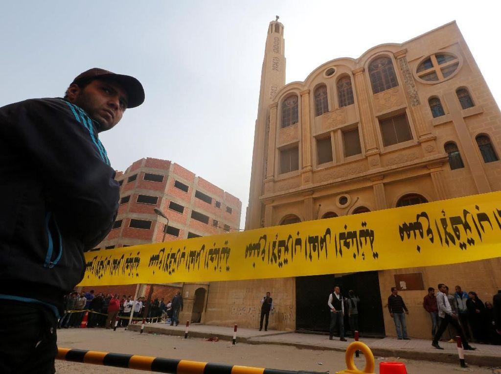 Pria Bersenjata Tembaki Gereja Koptik di Mesir, 9 Orang Tewas