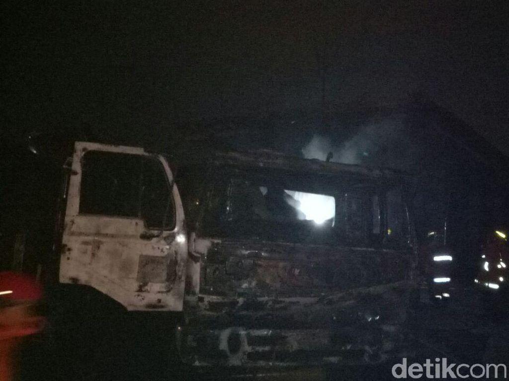 Polisi: Sebelum Meledak, Truk Tangki di SPBU Jagakarsa Sudah Ngebul
