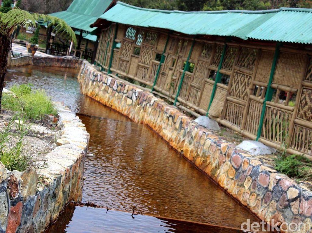 Sungai Kuning, Spot Unik di Wisata Gunung Papandayan