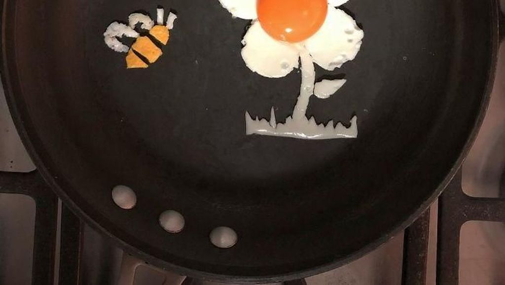 Unik! Telur Goreng Berbentuk Bunga, Wajah Manusia Hingga Serigala